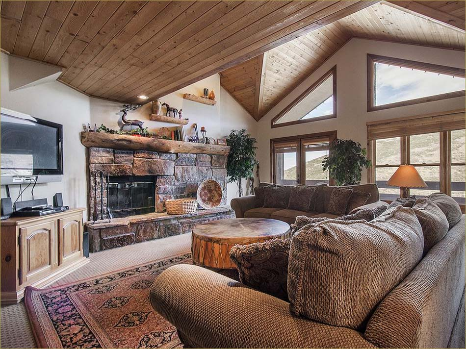 park city vacation rentals 4 bedroom private homes park 21005 | 3 4 bdrm park city livrm1